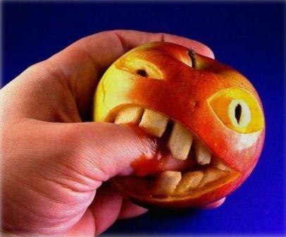Фотоприкол яблоко монстр